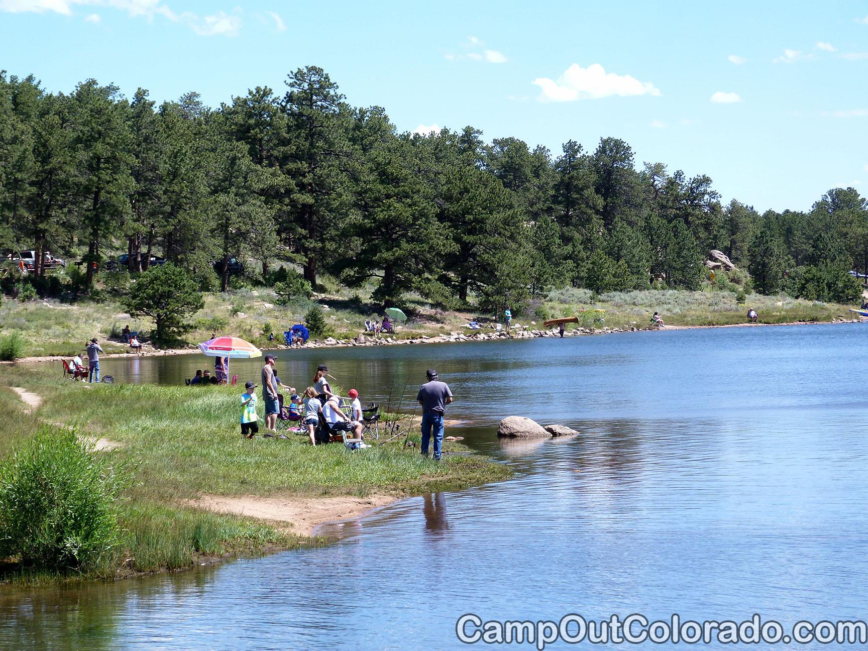 Campoutcolorado-dowdy-lake-campground-day-fishing