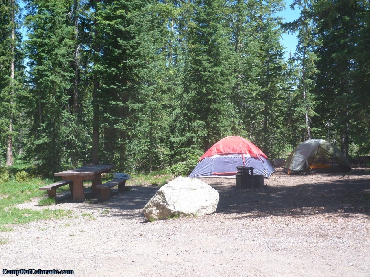 campoutcolorado-meadows-campground-rabbit-ears-camping