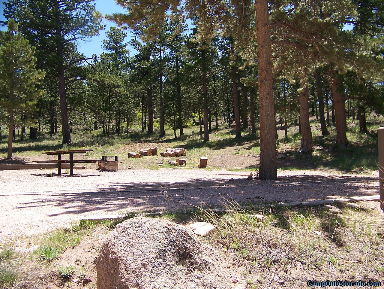 campoutcolorado-west-lake-wooded-area