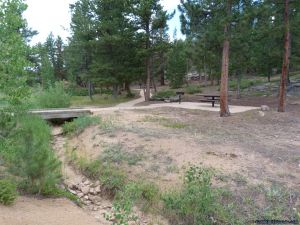 camp-out-colorado-bellaire-lake-day-use-creek