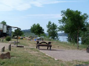 camp-out-colorado-carter-lake-lakeside-camping