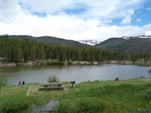 camp-out-colorado-chambers-lake-campground-picnic
