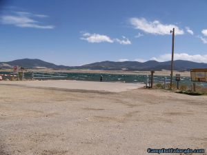 camp-out-colorado-eleven-mile-state-park-boat-dock