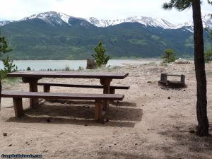 camp-out-colorado-lakeview-campground-overlook-lake