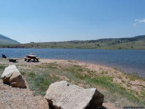camp-out-colorado-pinewood-day-use-at-lake