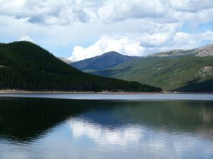 Camp-out-colorado-turquoise-lake-morning