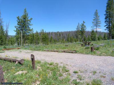 campoutcolorado-meadows-campground-rabbit-ears-camper-campsite