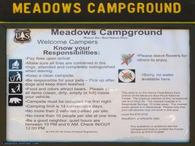 campoutcolorado-meadows-campground-rabbit-ears-kiosk