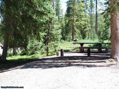 campoutcolorado-meadows-campground-rabbit-ears-level-campsite