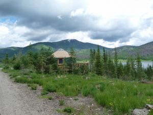 pearl-lake-state-park-campground-lake-view-yurt