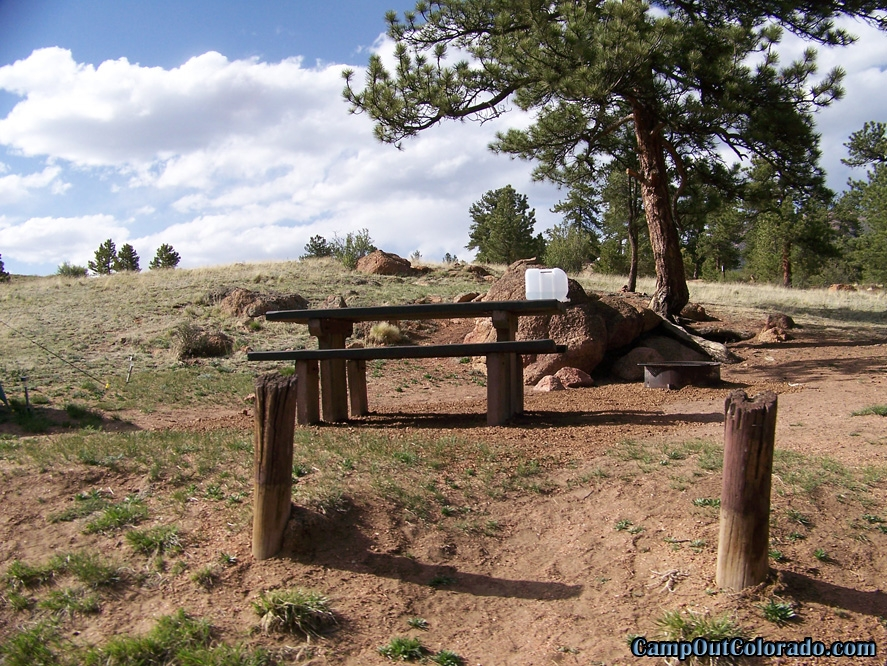 twin-eagle-trailhead-campground-camp-by-creek