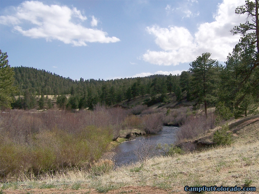 twin-eagle-trailhead-campground-valley